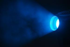 DSC_8081_-_Blue_light_special